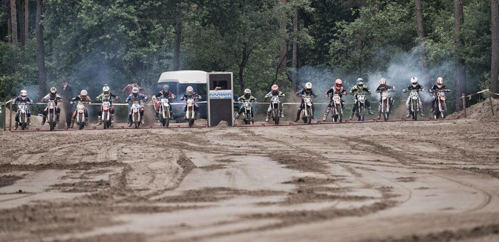 Tweede open clubwedstrijd voor rijders vanaf 125cc, woensdag 4 juli. We starten een uur later