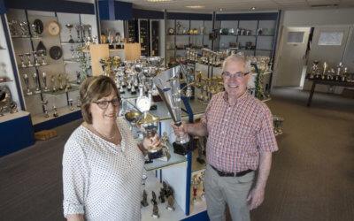 Doek valt voor Masta Sportprijzen winkel in Deurne